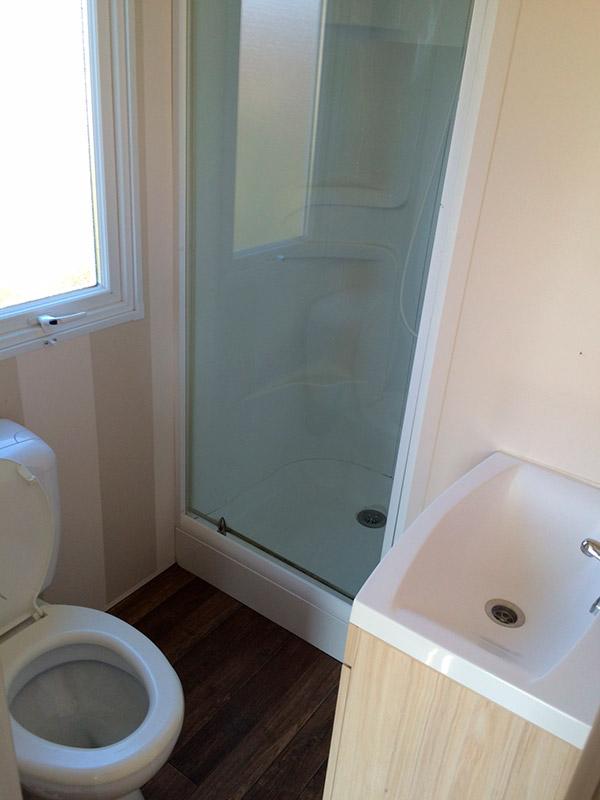 La salle de bain du bungalow Superastria